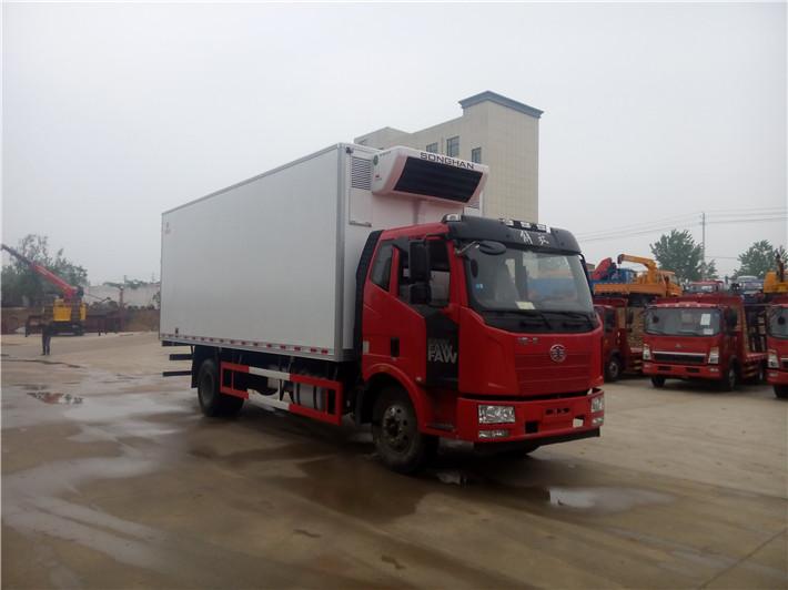 解放J6冷藏车(厢长6.8/7.5米)图片3