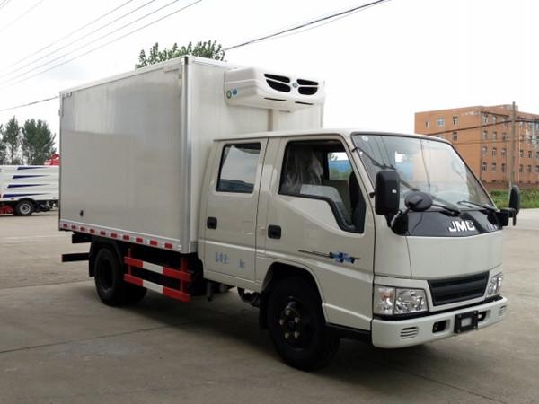 江铃顺达双排冷藏车(厢长3.2米)