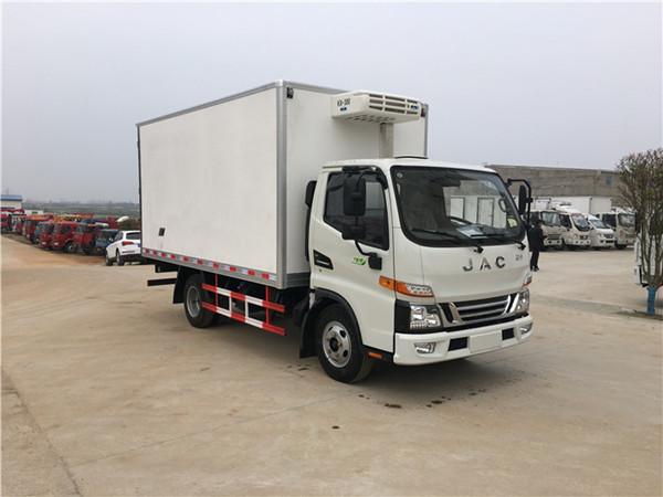 江淮骏铃新款V5冷藏车(厢长4.2米)