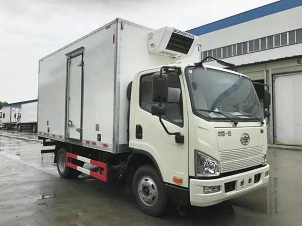 解放虎V国五冷藏车(厢长4.2米)