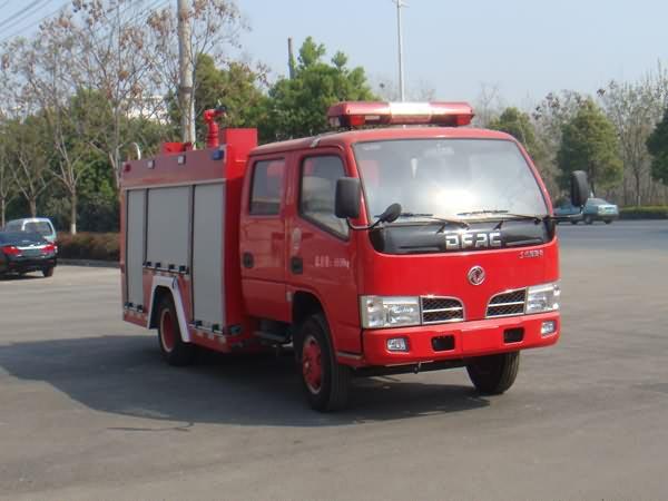 东风牌1.8吨水罐消防车