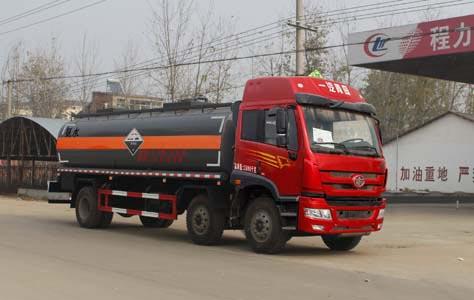 16.9方氨水或乙二胺解放小三轴腐蚀性物品罐式运输车