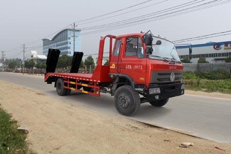 拉15-18吨东风153国四平板运输车