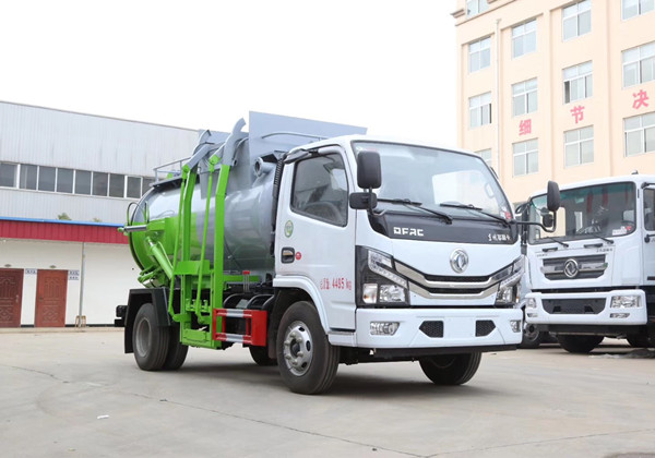 国六东风5方餐厨垃圾车