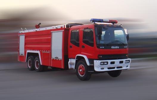 五十铃牌9吨泡沫消防车