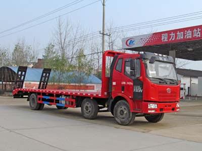 拉20-29吨解放小三轴平板运输车