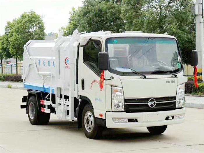 5方凯马自装卸式垃圾车