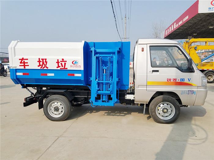 2方凯马自装卸式垃圾车图片2