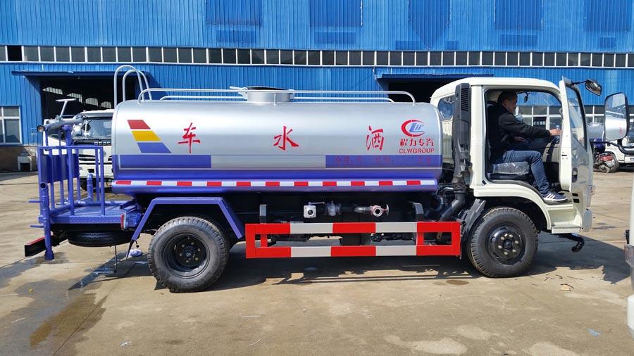 5吨东风福瑞卡洒水车图片4
